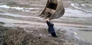 Quicksand-Rescue-In-Russia